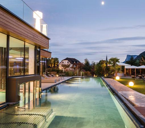 Wellness spa welten hotel alpiana resort bei meran for Hotel in lana sudtirol