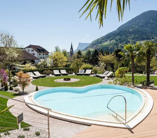 Spa wellness bereich hotel alpiana resort in lana for Hotel in lana sudtirol